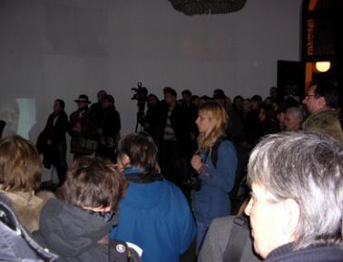 Offbeat: Pogledaj i vidi nasilje prema zenama, Galerija SKC