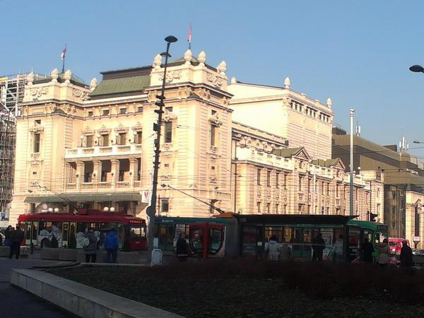 Održan štrajk upozorenja u Narodnom pozorištu, ministar pomno prati